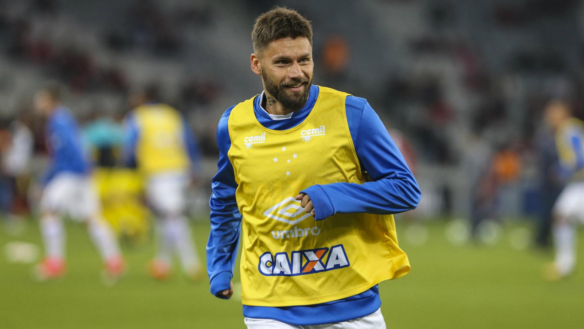 Rafael Sóbis Atlético-PR Cruzeiro Campeonato Brasileiro 12072017