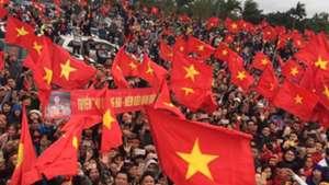 CĐV Việt Nam đón U23