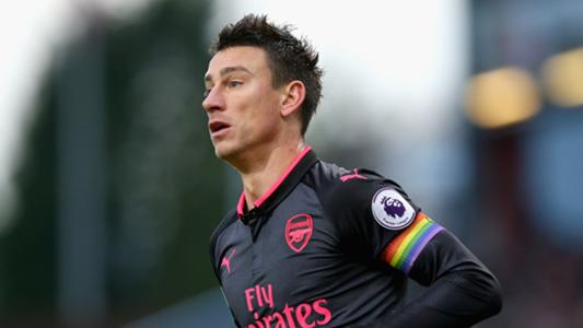 Koscielny forced off in Arsenal U21 comeback at Portsmouth