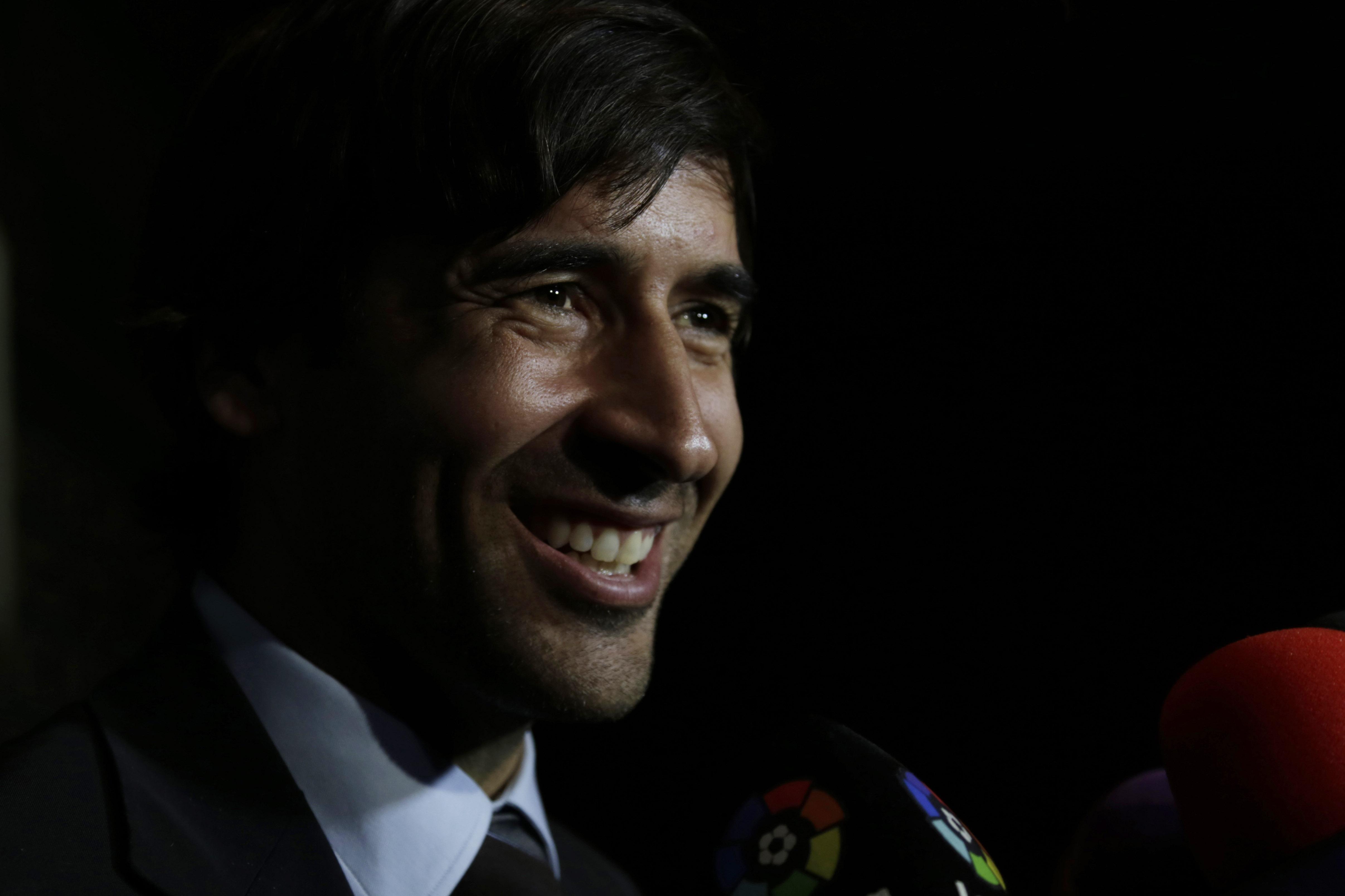 Raul va entraîner la réserve du Real Madrid — Officiel