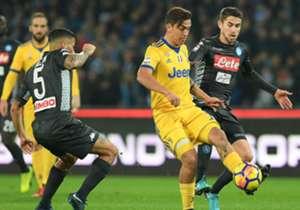 Il momento della supersfida si avvicina. Ma se Juventus e Napoli dessero vita a un 11 combinato con i migliori giocatori bianconeri e azzurri? Ecco che formazione potrebbe scaturire.