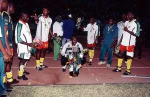 الكاميرون 2000