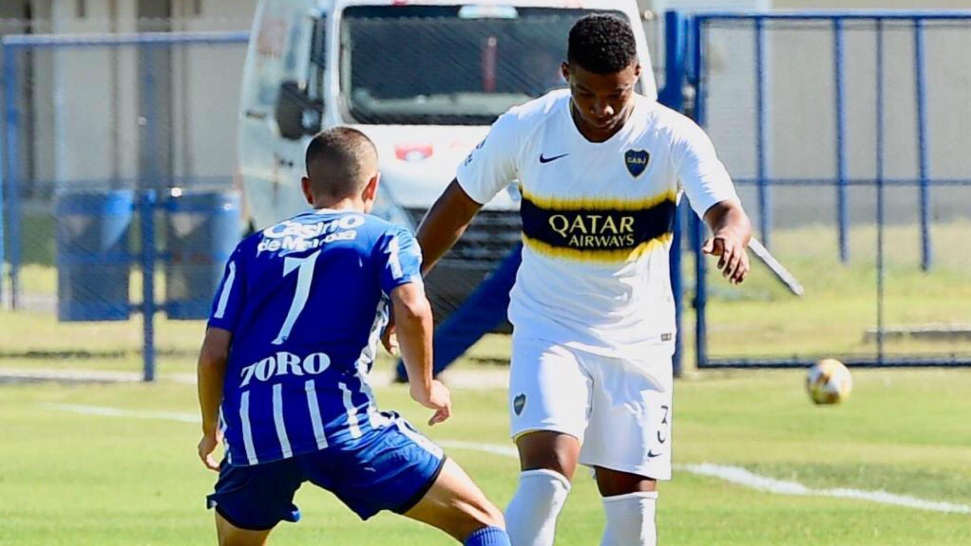 Fabra volvió a jugar en la reserva de Boca, tras su lesión