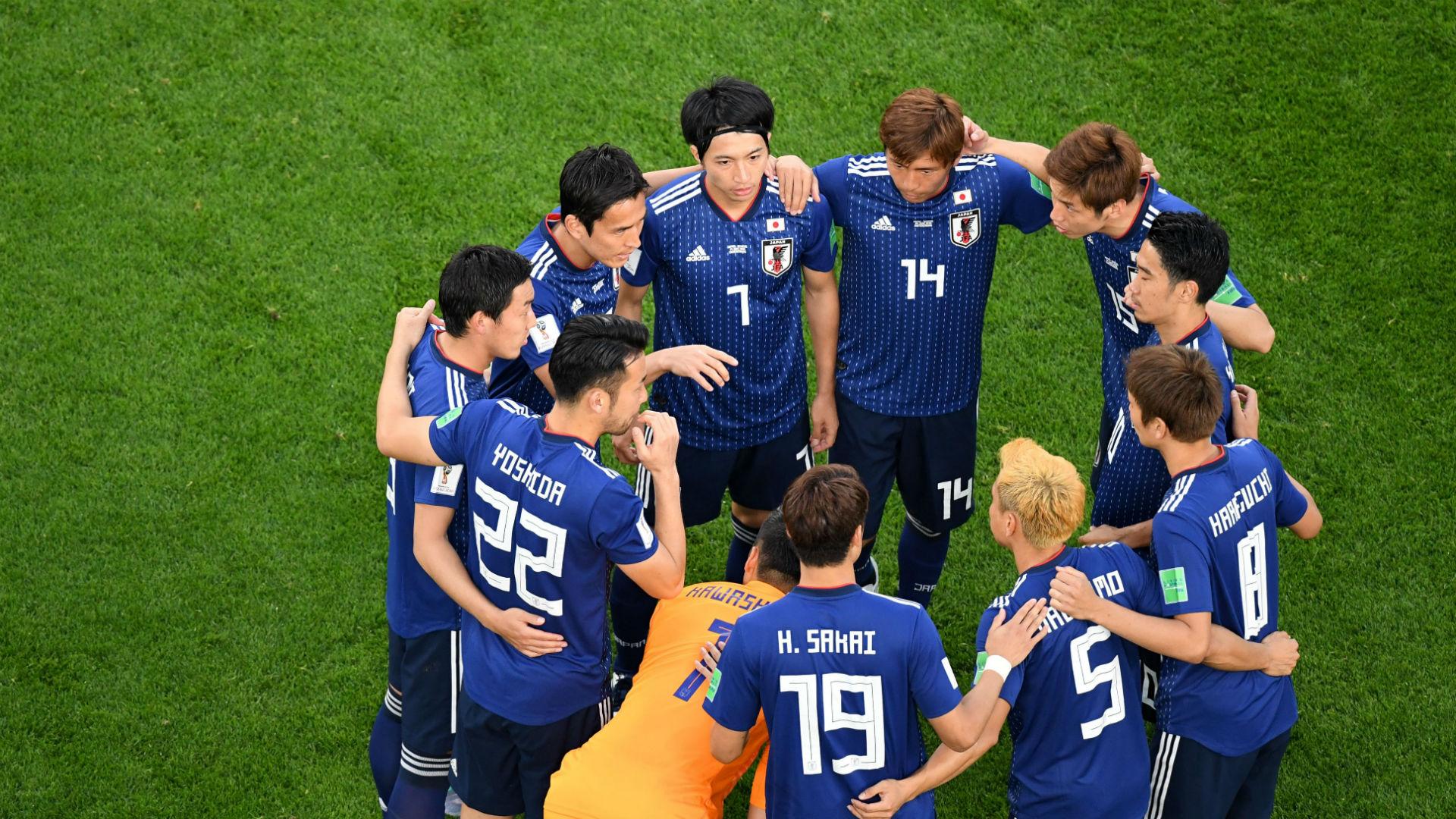 """Image result for ทีมชาติญี่ปุ่นส่งกำลังใจ 13 ชีวิต """"หมูป่าอคาเดมี"""""""