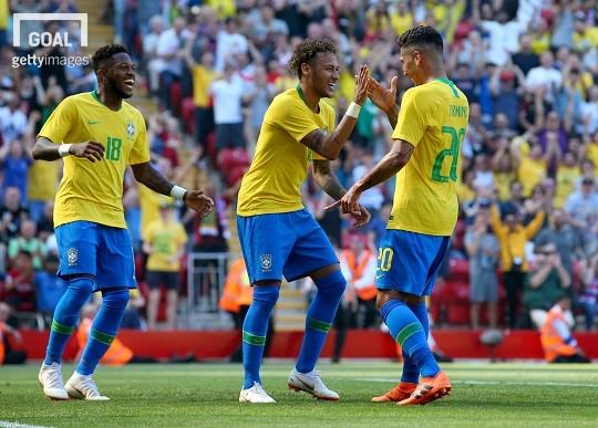 Mondiali, girone E: stecca anche il Brasile, 1-1 contro un'ottima Svizzera