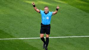 Nestor Pitana Mexico Sweden referee VAR