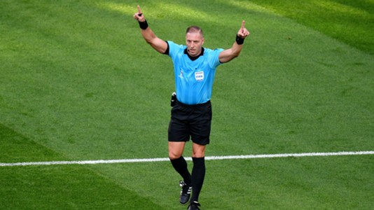 Nestor Pitana Mexico Sweden referee VAR
