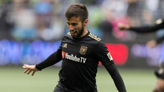 LAFC wins late in payback match, Red Bulls suffer rare loss at home