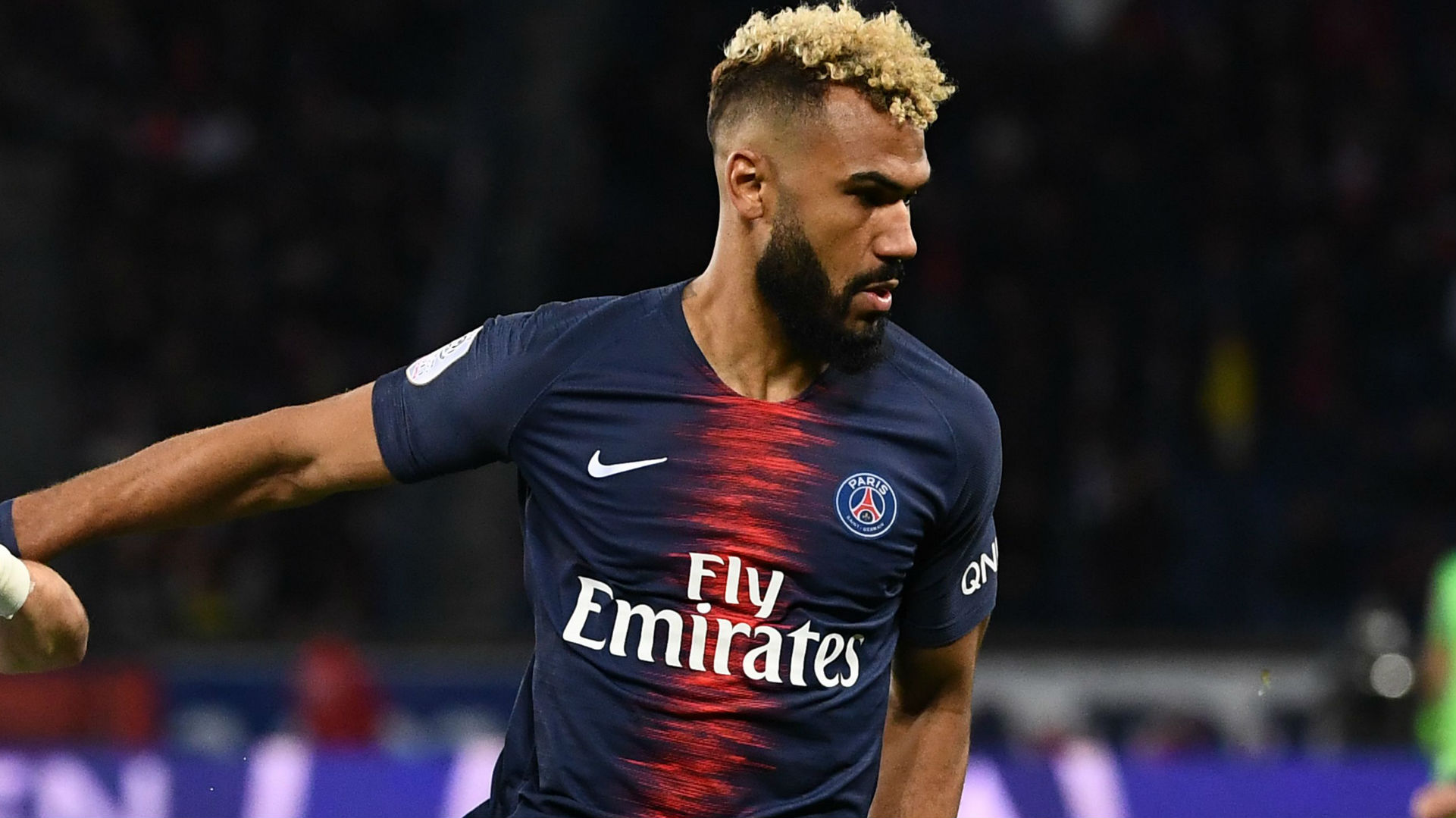 WATCH PSG Striker U0026 39 S Unbelievable Goal Line Miss