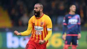 Sandro Benevento celebrating Crotone Serie A