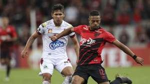Renan Lodi Rafael Carrascal Athletico Tolima Copa Libertadores 09042019