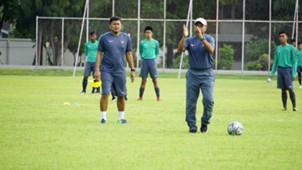 Fakhri Husaini - Pelatih Timnas Indonesia U-16