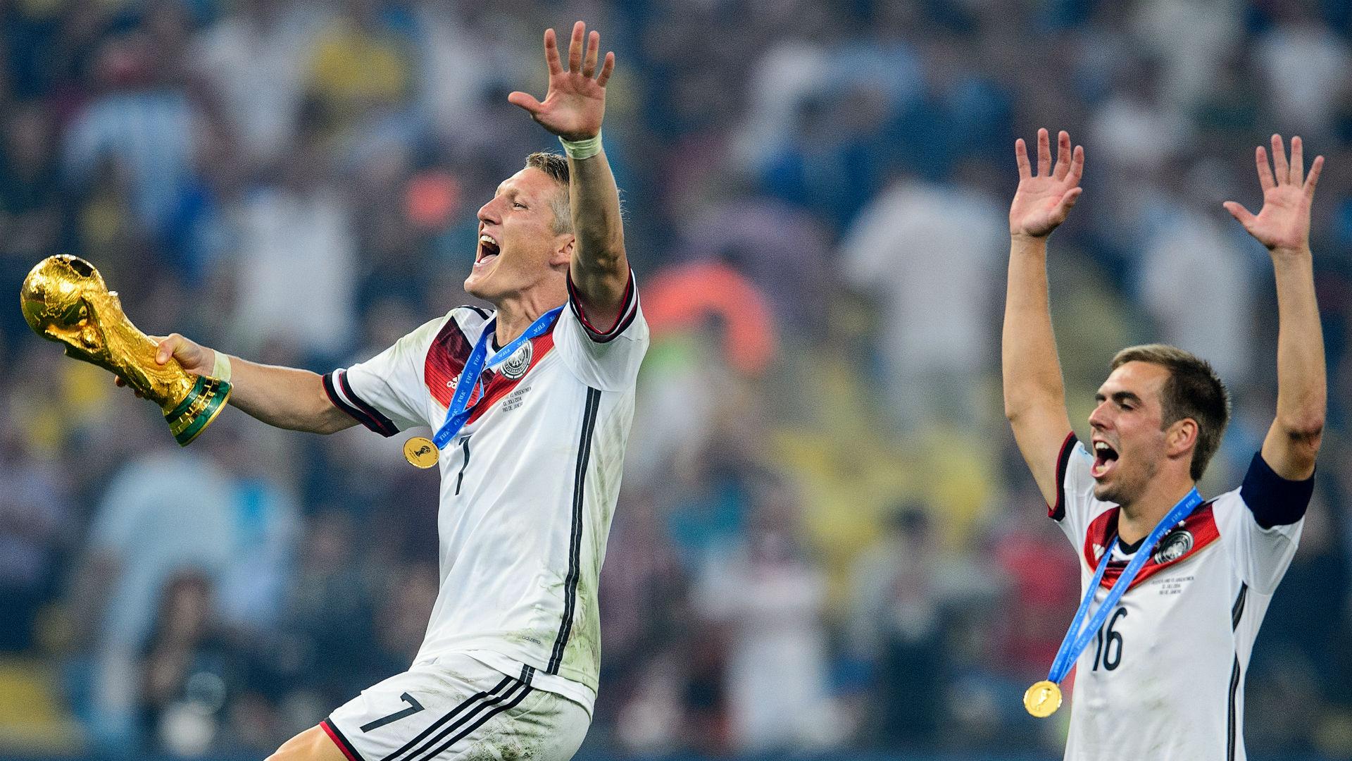 Schweinsteiger Lahm World Cup 2010 Germany