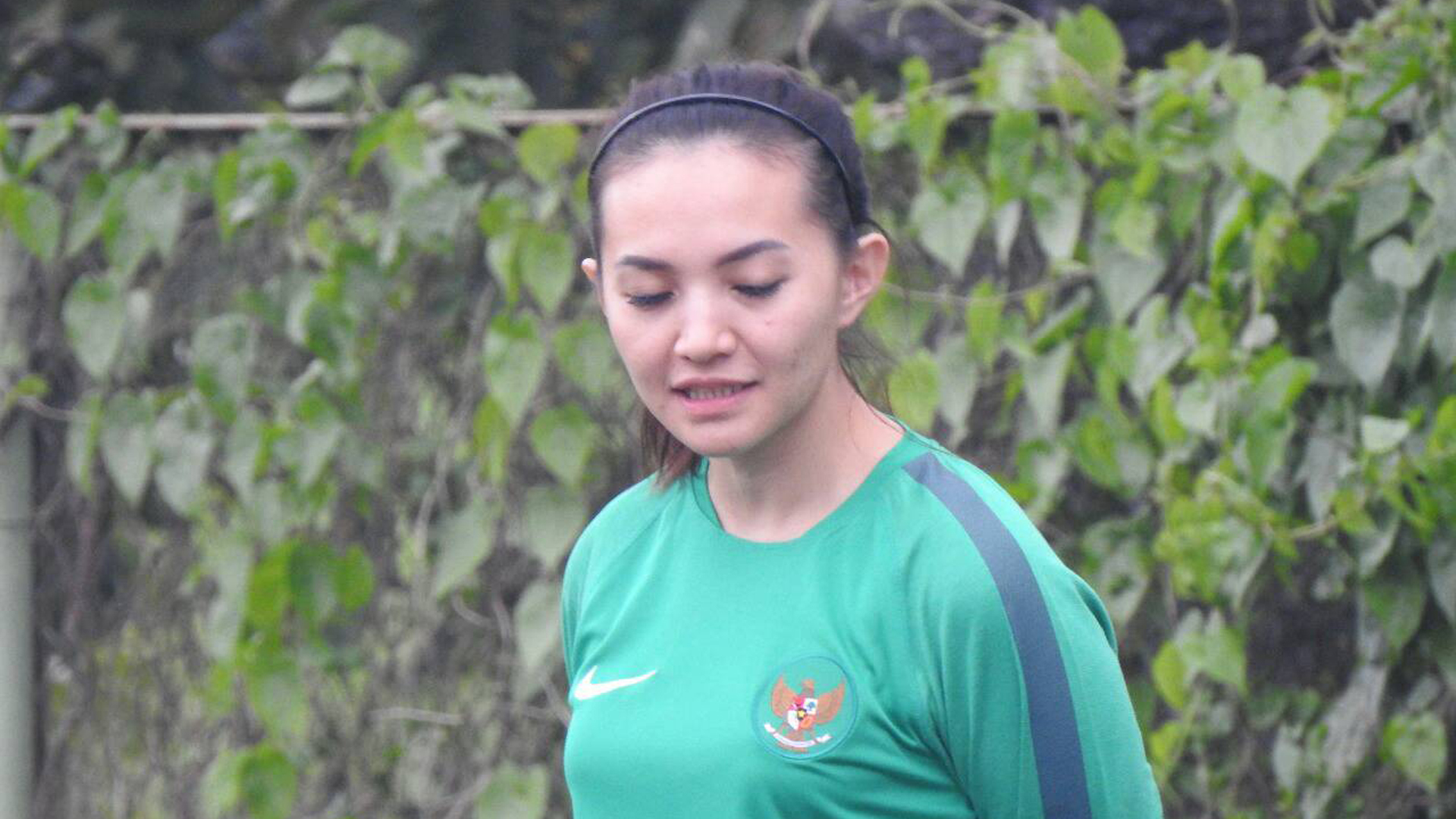 Grace Joselini Corlesa - Dokter Timnas Wanita Indonesia