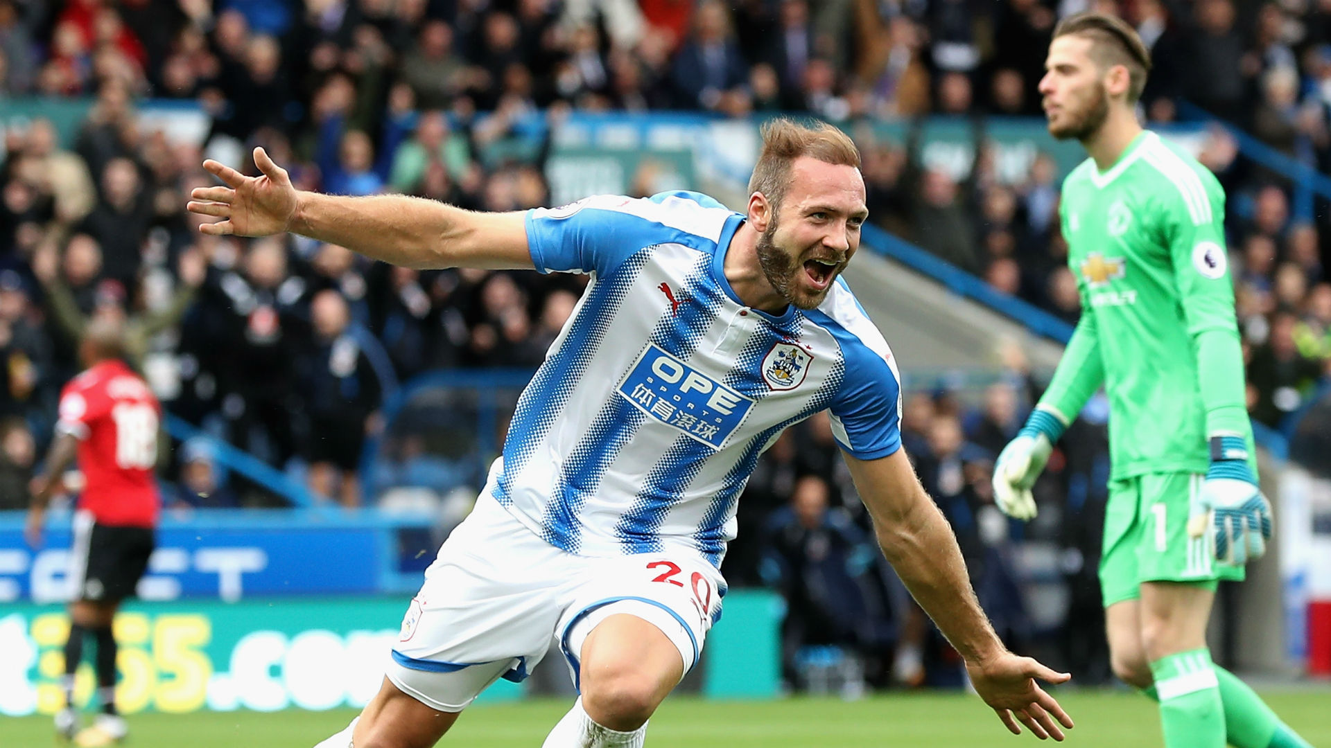 Laurent Depoitre Huddersfield Town Manchester United