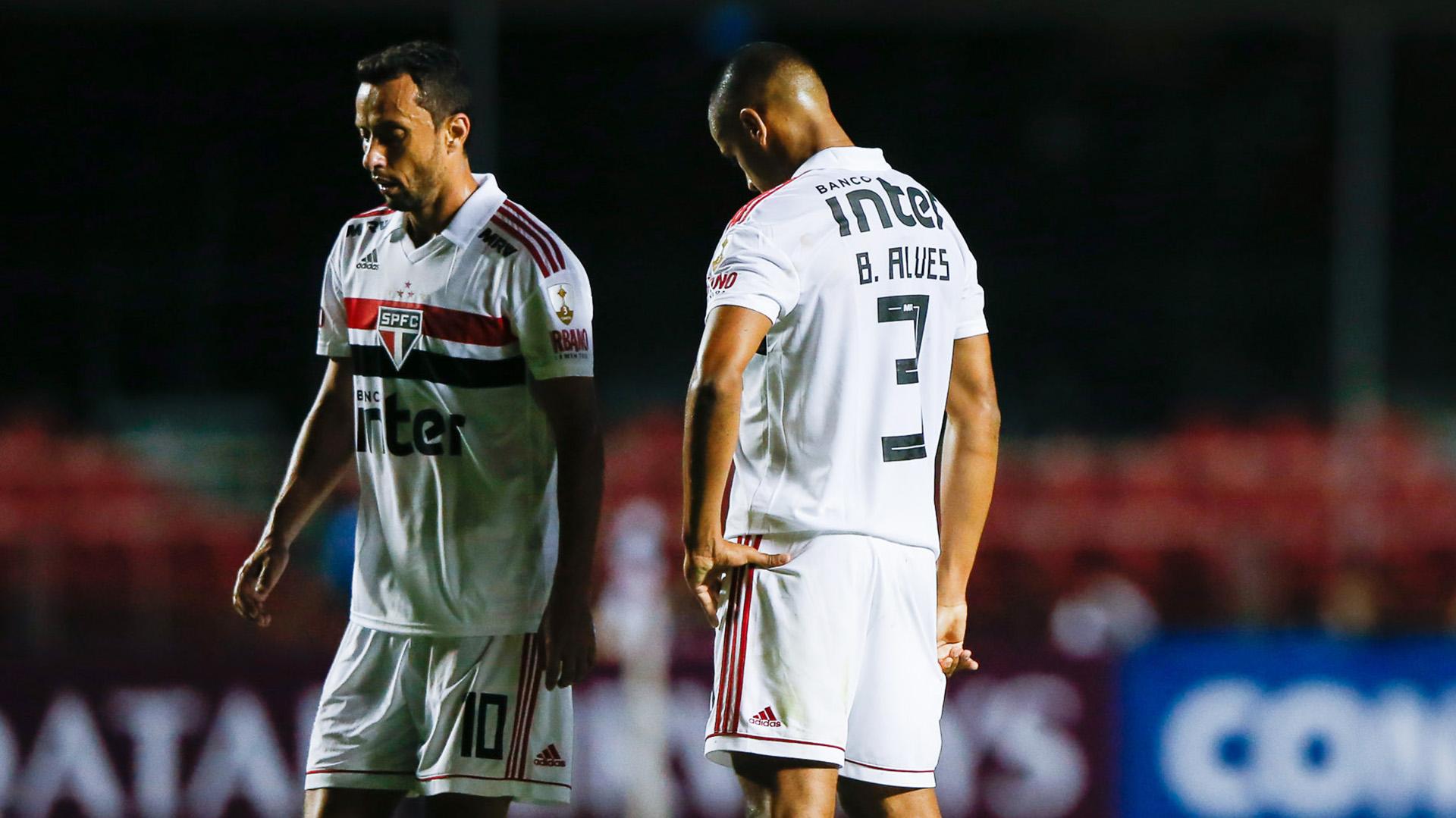 Nene Bruno Alves São Paulo eliminado Libertadores 13022019