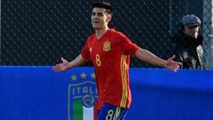 Arnau Puigmal Manchester United and Spain
