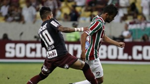 Gustavo Scarpa Christian Cueva Fluminense Sao Paulo Brasileirao Serie A 18102017