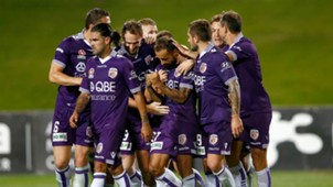 Diego Castro Wellington Phoenix v Perth Glory A-League 04032017