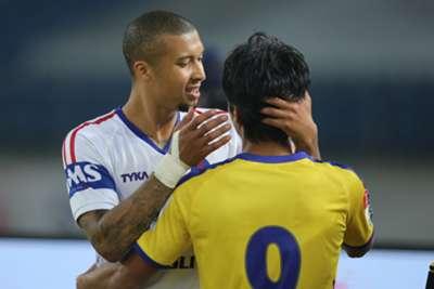 Gianni Zuiverloon Seiminlen Doungel Delhi Dynamos Kerala Blasters