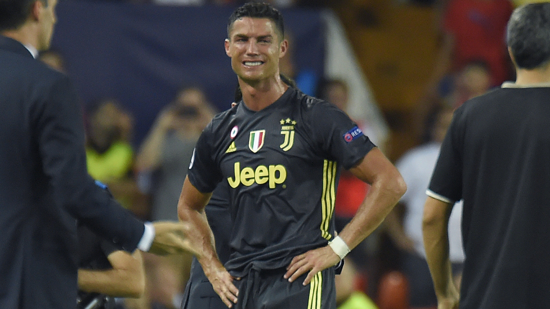 Cristiano Ronaldo sent off for Juventus against Valencia