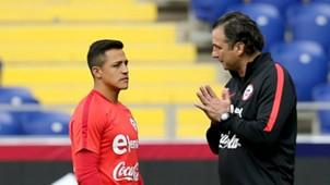 080617 Alexis Sánchez Juan Antonio Pizzi Chile training