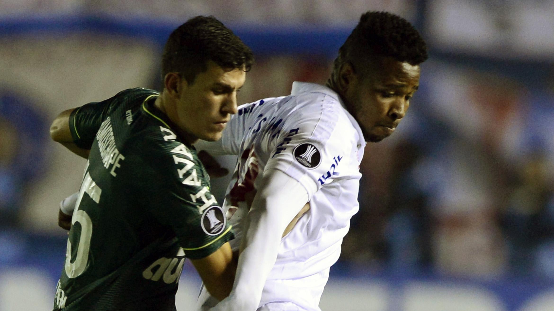 Nathan Cardoso Hugo Silveira Nacional Montevideo Chapecoense Libertadores 27042017