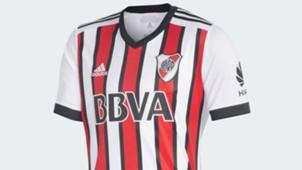 River camiseta tricolor header