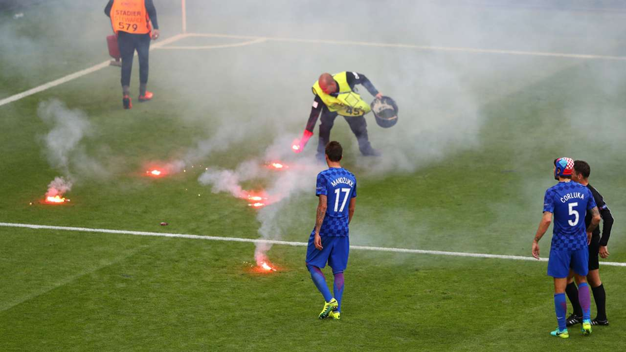 Croatia fan flares
