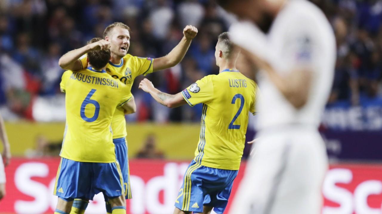 نتيجة بحث الصور عن مباراة السويد وبيرو