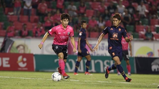 ผลการค้นหารูปภาพสำหรับ ราชบุรีบุกดับชัยนาทหนแรก 3-0