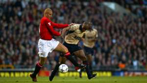 Wes Brown Sylvain Wiltord Manchester United Arsenal