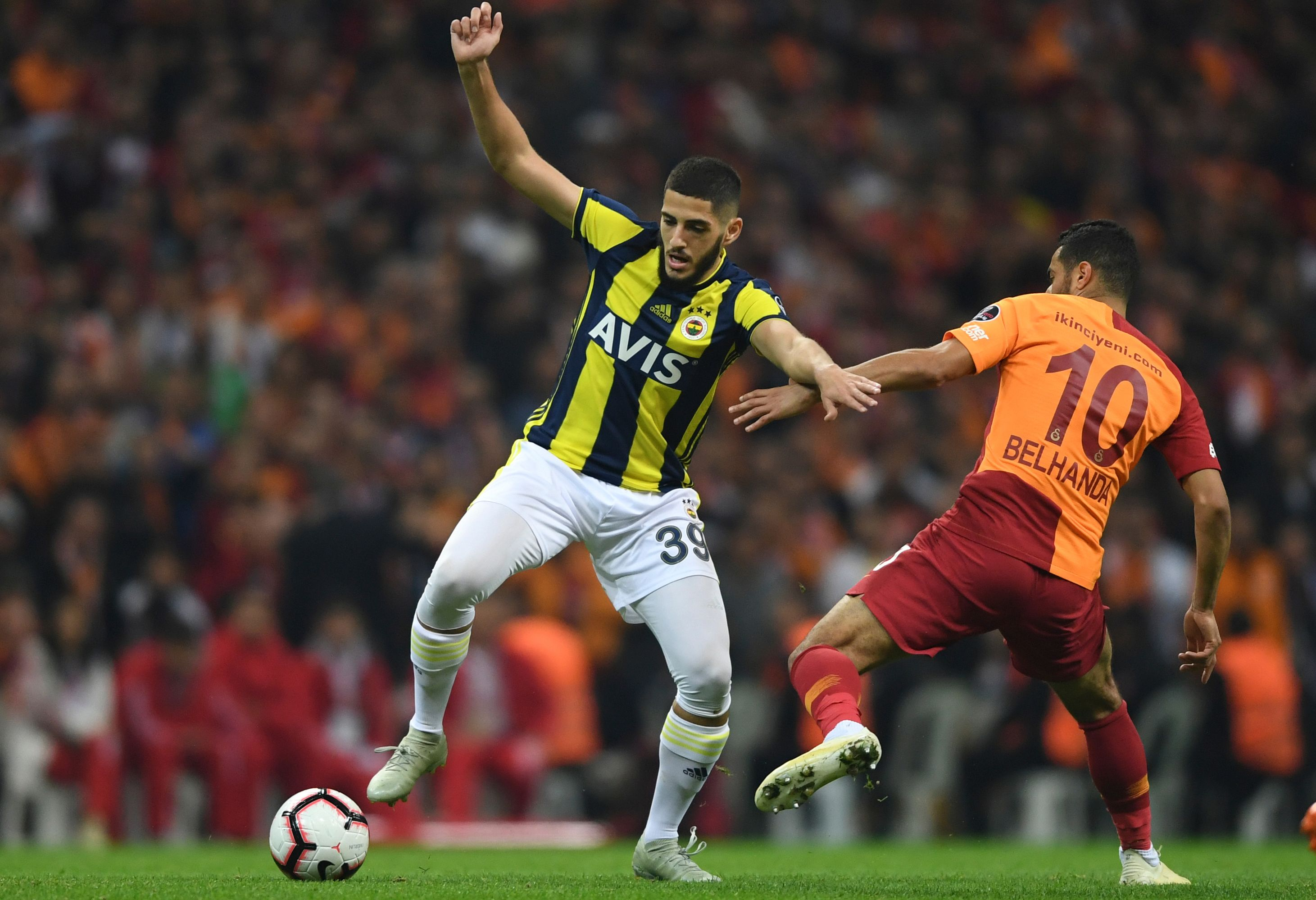 Yassine Benzia Younes Belhanda Galatasaray Fenerbahce Turkish Super League 11/02/18