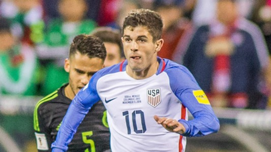 Christian Pulisic USA Mexico 11112016