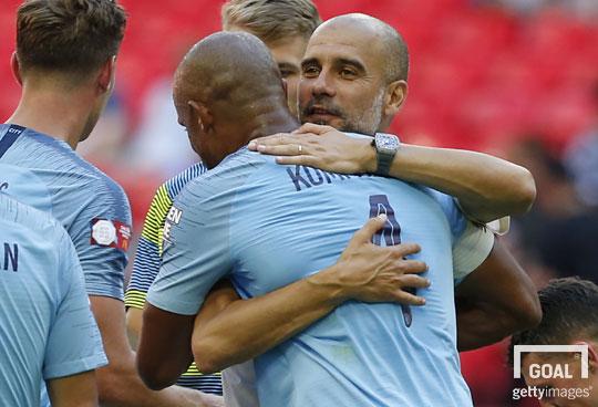 Mahrez remporte son premier titre avec City — Angleterre