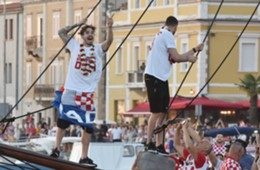 croatia - zadar - sime vrsaljko - welcome party - 17072018