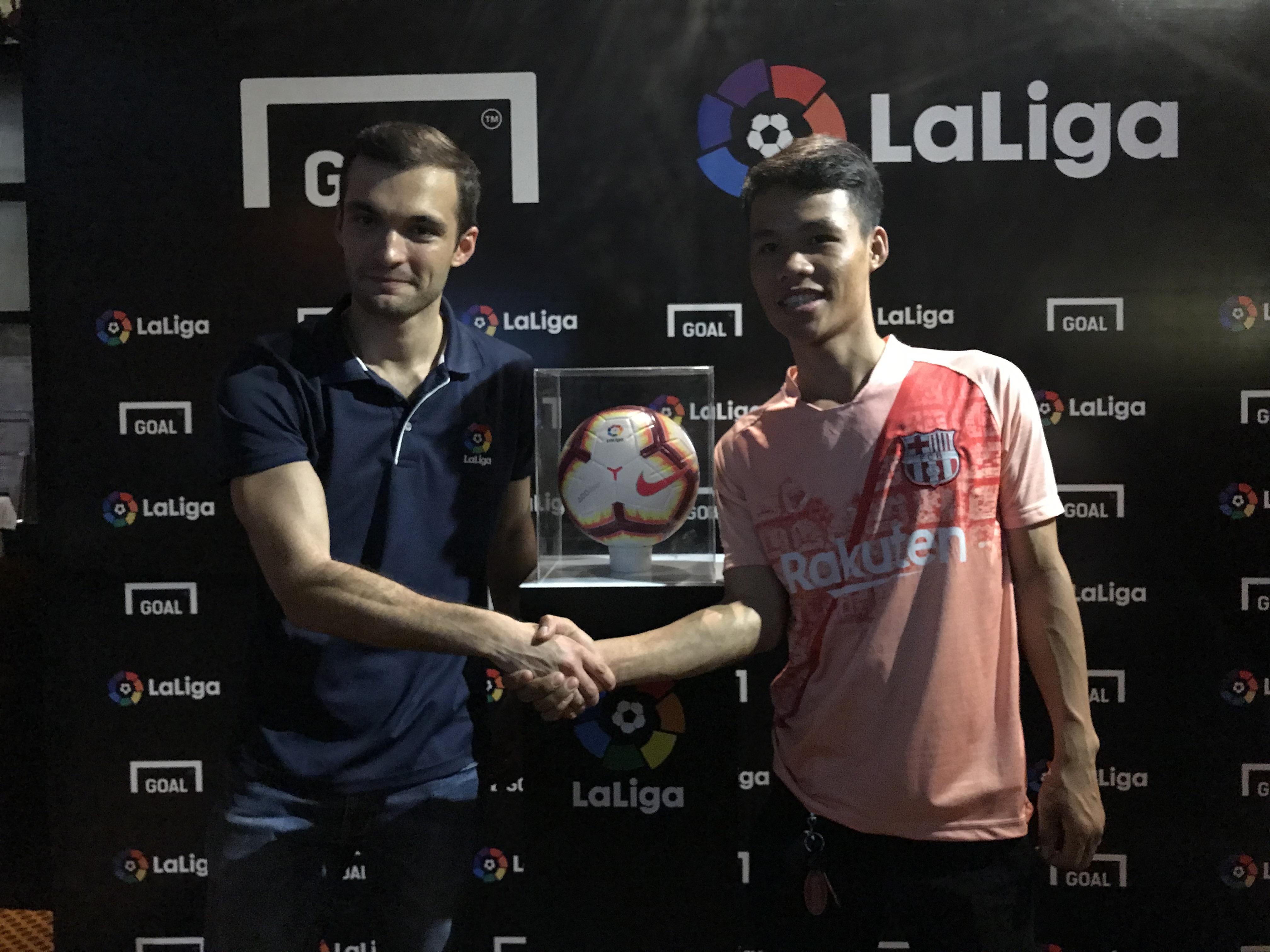 Brian Wright Vias - La Liga Vietnam manager