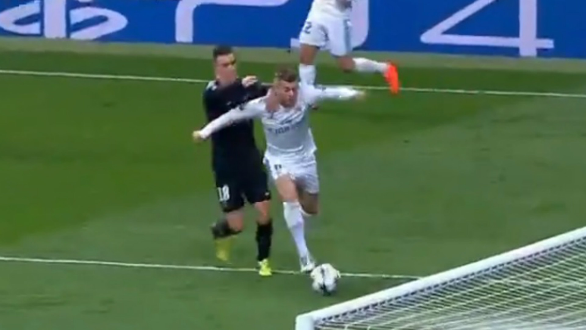 https://images.performgroup.com/di/library/GOAL/25/96/giovani-lo-celso-toni-kroos-penalty-14022018_yibbmnavu3wq1jf5lui92eumd.jpg