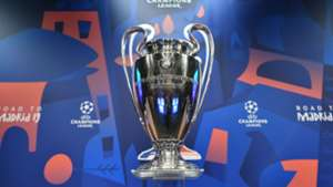 Champions League Auslosung Draw Trophy