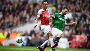 Pierre-Emerick Aubameyang Shane Duffy Arsenal Brighton & Hove Albion Premier League