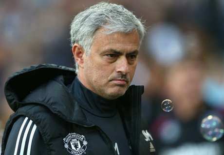 Derrota e recorde negativo para Mourinho