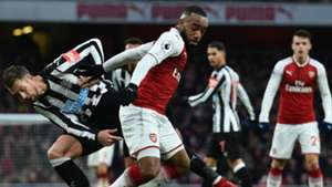 Alexandre LacazetteArsenal Newcastle