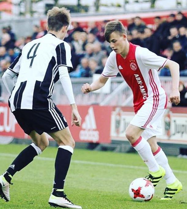 Schön Szabolcs Ajax
