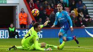 Hector Bellerin Arsenal Asmir Begovic Bournemouth