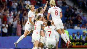 ENGLAND WOMEN PLAYERS