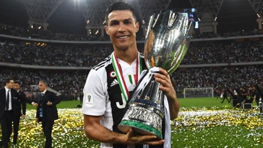 """Cristiano Ronaldo comemora primeiro troféu pela Juventus  """"É apenas o  começo""""  46368202f3c47"""
