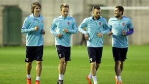 Jedvaj Rakitic Brozovic Kovacic Croatia Training