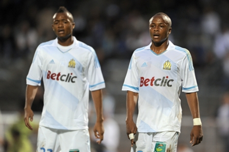 EXTRA TIME: Watch Jordan Ayew welcome brother Andre to Swansea City