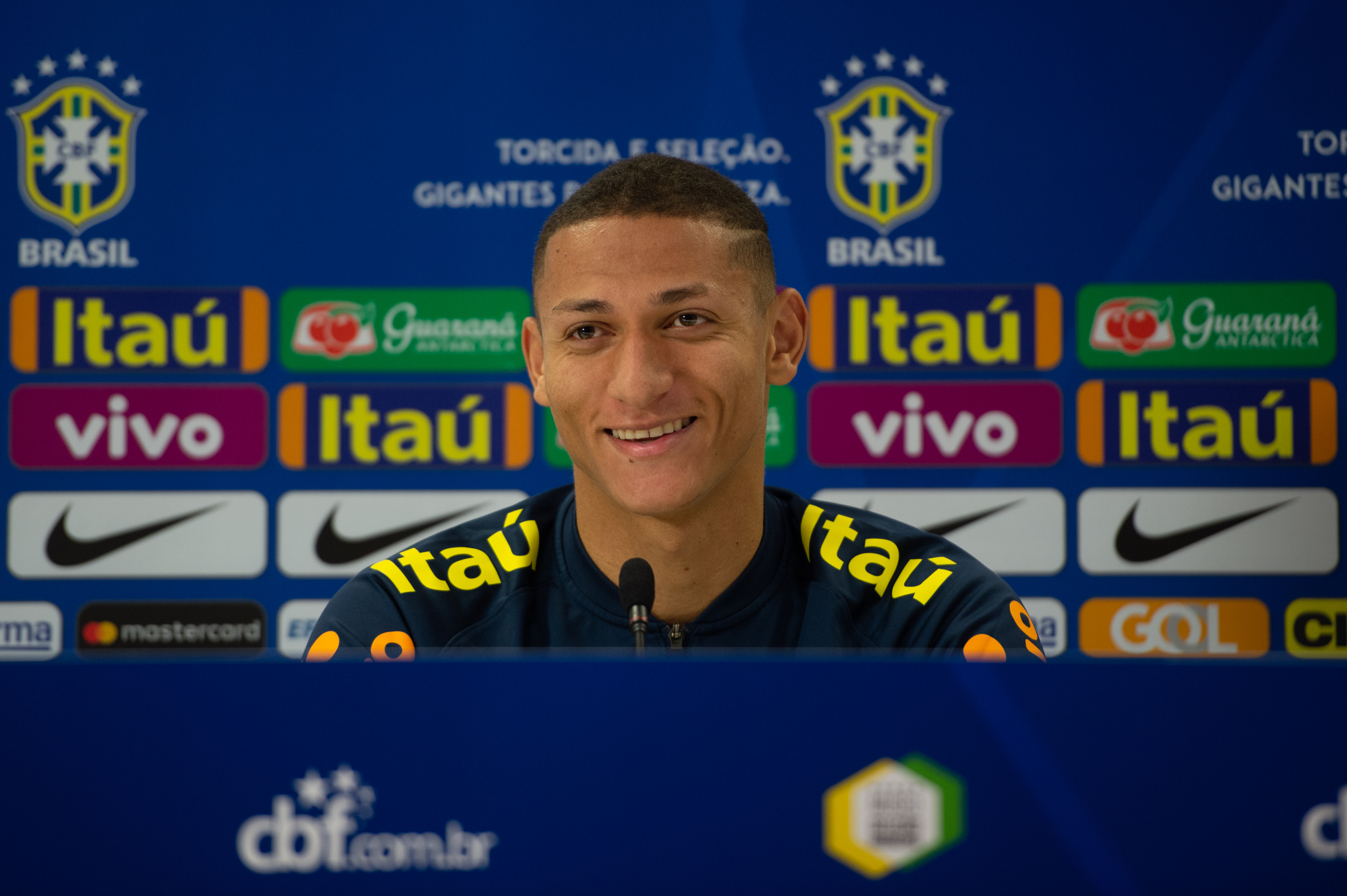 dafdcb8d0 Charismatic Richarlison winning hearts