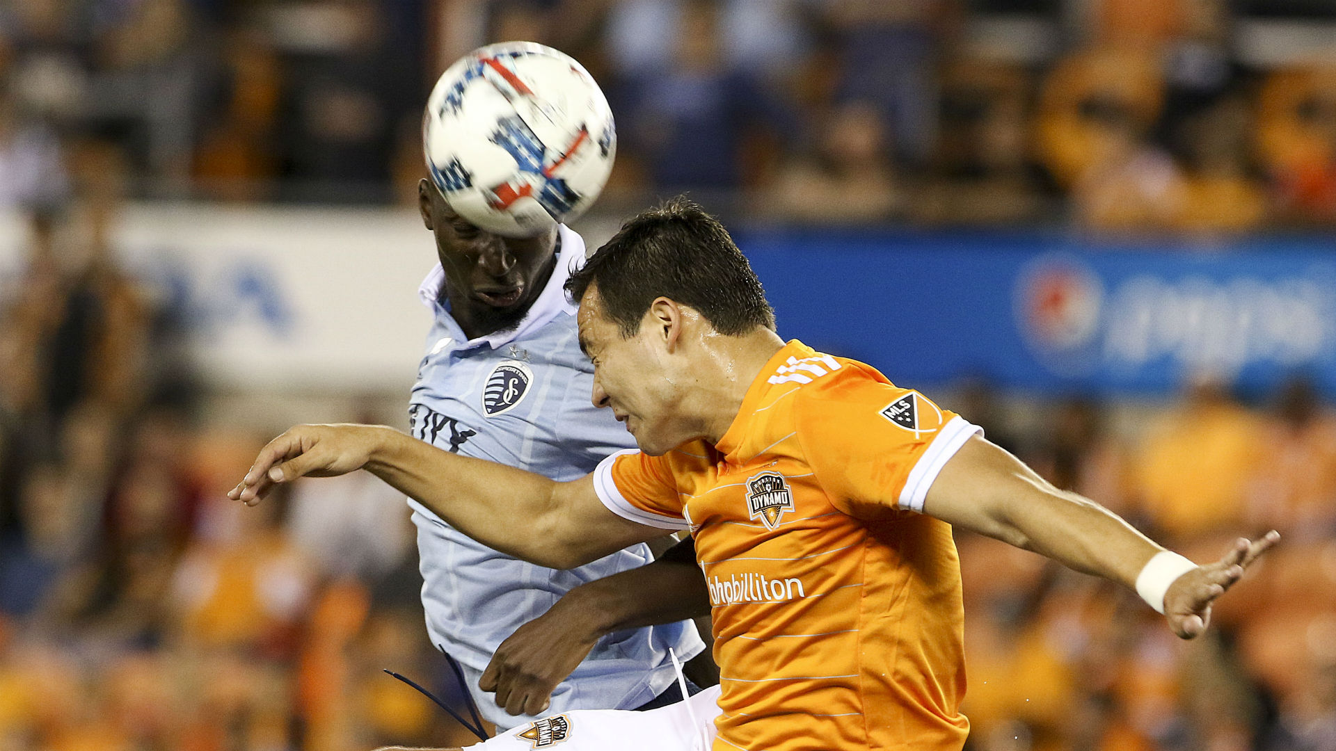 Erick Torres Ike Opara Houston Dynamo Sporting Kansas City MLS playoffs